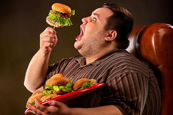 53 % der Erwachsenen waren 2017 übergewichtig