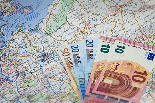 Europäer verfügen über 14.739 Euro Nettoeinkommen