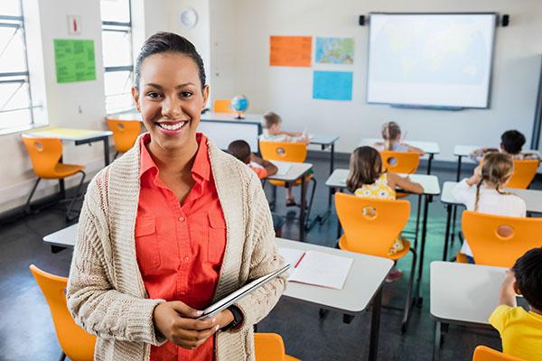 1,4 % ausländische Lehrerinnen und Lehrer an allgemeinbildenden Schulen