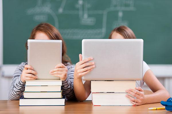 Kostenloses Online-Orientierungsstudium der IUBH – schon vor dem Abi
