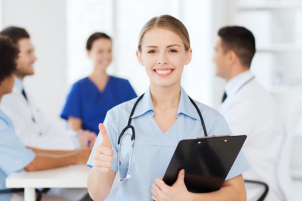 Branchenreport Gesundheit, Medizin & Pflege